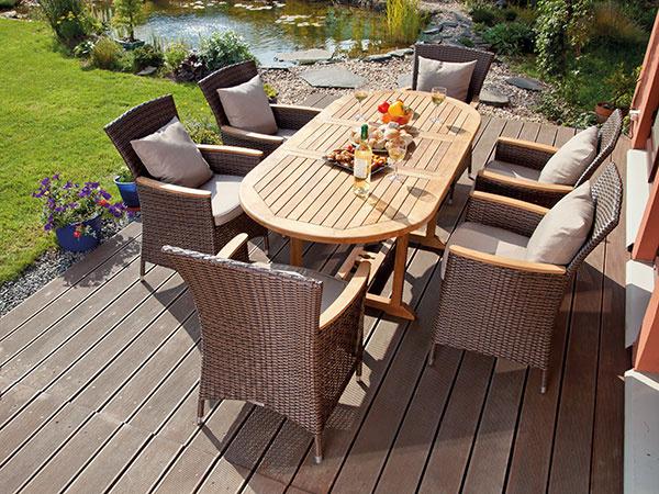 Odborník radí - ako si vybrať kvalitný záhradný nábytok a nepopáliť sa