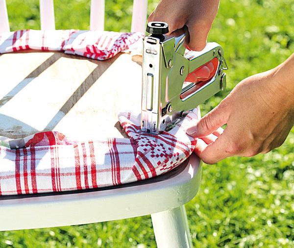 Nová stolička zo starej. Ako na to?