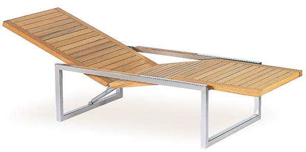 Ležadlo Ninix od značky Royal Botania, dizajn Kris Van Puyvelde, 195 × 71 × 35 cm, tíkové drevo, nehrdzavejúca oceľ (môže byť nahradená tkaninou Batyline®), 1 499 €, Elmina