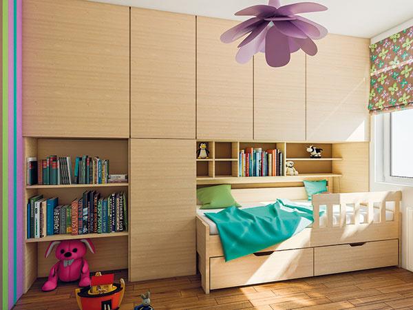 Oproti dverám vo veľkej skrini budú police na knihy ahračky. Keď príde čas, vyberú sa anahradí ich detská postieľka. Aj veľká posteľ bude súčasťou skrine – vďaka tomu nezaberie toľko miesta. Police nad posteľou sú na dosah aposkytnú miesto na knižky, obľúbené hračky aďalšie poklady.