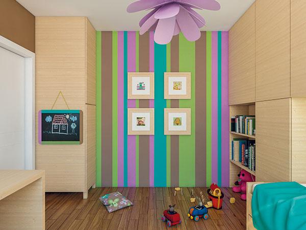 Za dvere sa zmestí skriňa na šaty, jej bočná stena bude výborným miestom na zavesenie tabule na kreslenie. Samozrejme, ani požiadavka malej obyvateľky na farebné steny nemohla ostať nevypočutá.