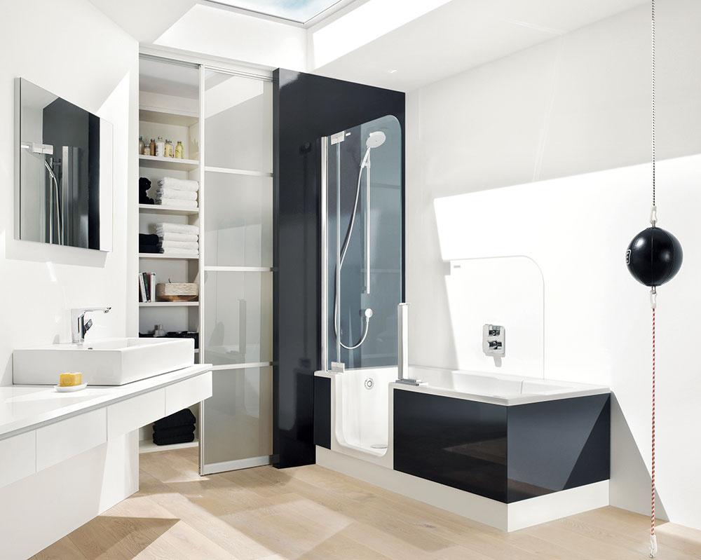 Neviete sa rozhodnúť medzi vaňou asprchovacím kútom? ARTWEGER TWINLINE 2 je plnohodnotná vaňa, azároveň pohodlný sprchovací kút stakmer bezbariérovým vstupom – pri správnom zabudovaní. (PredávaArmaturex.)