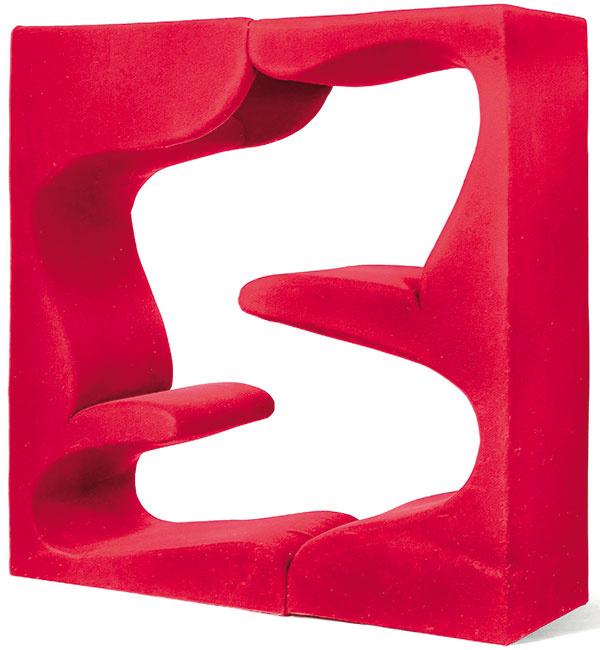 Sedenie Vitra Living Tower, preglejka sčalúnením, 201 × 203,5 × 67 cm, 9 696 €, www.nest.co.uk