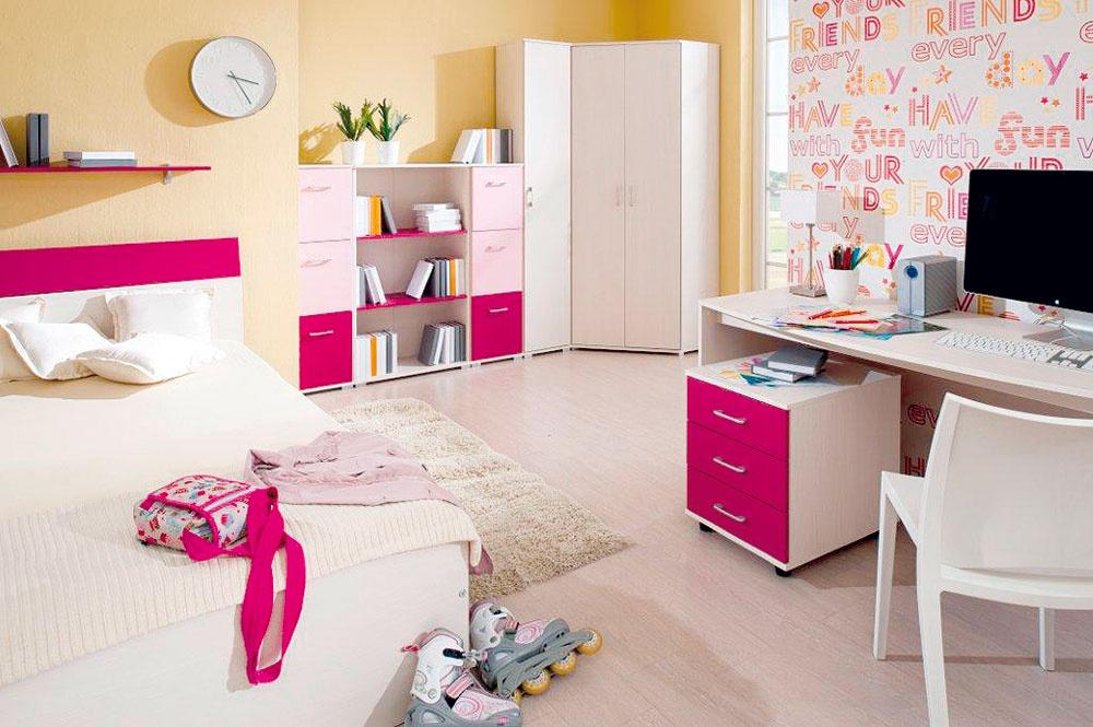 Nábytok pre študenta znamená krok dopredu. Miniatúry sú nahradené pracovnými stolmi, čo ale neznamená, že by tínedžeri mali byť ochudobnení ofarby aživý priestor.