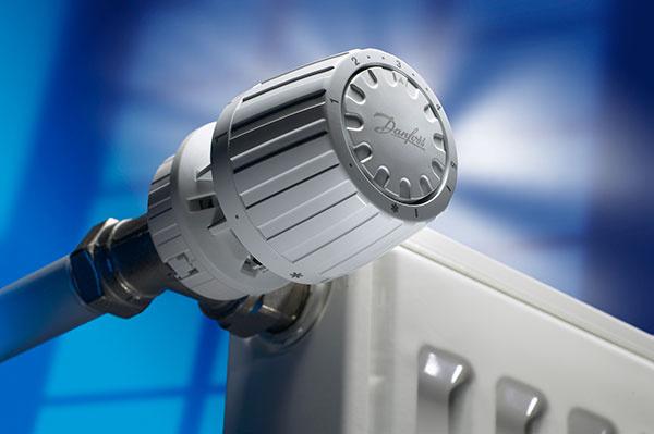 Plynové termostatické hlavice Danfoss RA 2000 sú zaradené do energetickej triedy A. Zvyšujú možnosti úspory energie o 8 % oproti bežným hlaviciam