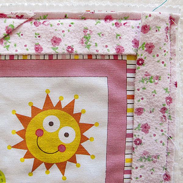 Roh deky vytvoríte jednoducho podľa obrázka.