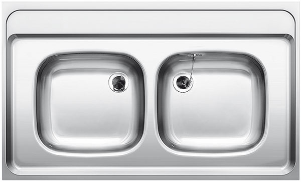 Drez naložený na pracovnej doske znehrdzavejúcej ocele Z10 × 6 od značky Blanco, montáž do spodných skriniek so šírkou od 1 000 mm, 104 €, Ancor