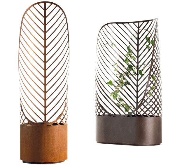 Kvetináče De Castelli Screen Pot, dizajn Francois Clerc, kov vyrezávaný laserovým lúčom, 45 × 150 × 88,5/44 cm, 688 €, Triform Factory
