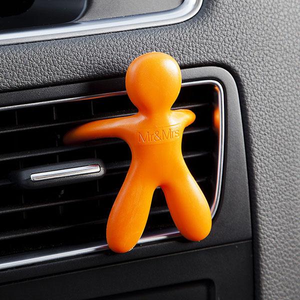 Vonné panáčiky sú veselým a zároveň voňavým doplnkom pre Vaše auto. www.stylovo.sk