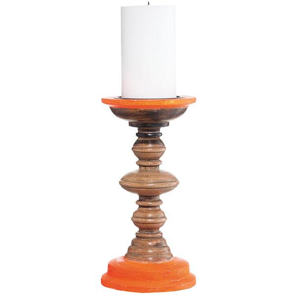 Drevený svietnik Madam Stoltz Neon Orange, originálne sústružený, priemer 12 cm, výška 23,5 cm, 19,63 €/kus, www.nordicday.sk
