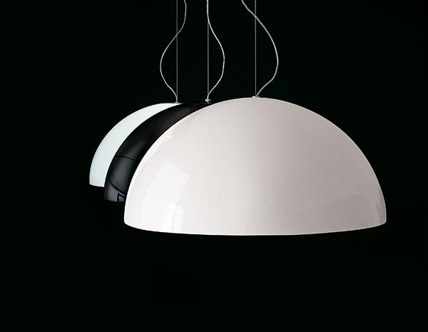 Aj obyčajné tienidlo závesnej lampy môže byť neobyčajné