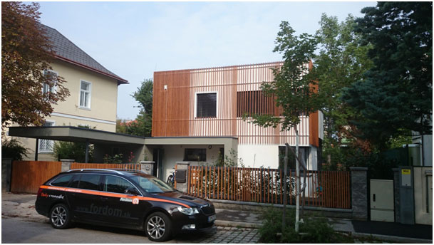 Staviame z CLT (cross laminatet timber) panelov
