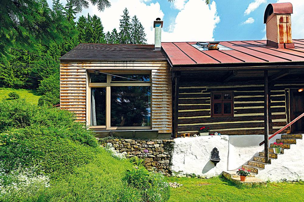 Za 40 000 € premenili starú dreváreň v Starých Horách na úsporný domček