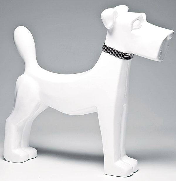 Dekorácia psa snáhrdelníkom, biela glazúra, 25,5 × 6,5 × 29 cm, 36 €, www.kare-design.com