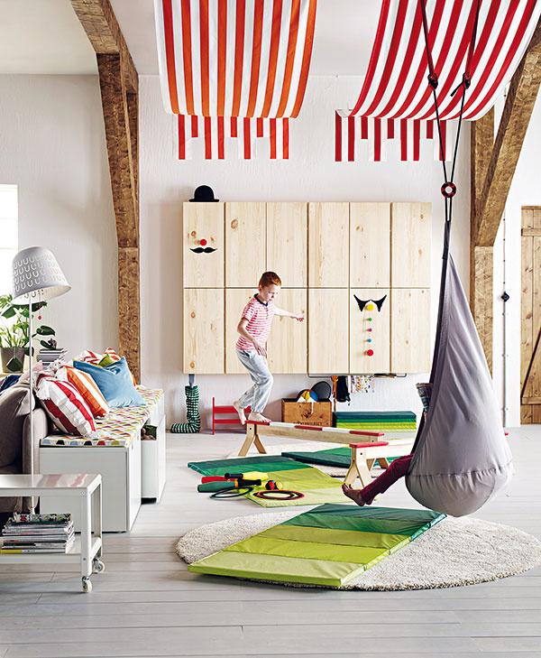 Závesné sedadlo Ekorre so vzduchovým vankúšom Sagosten, maximálna nosnosť 70 kg, 29,49 €, IKEA