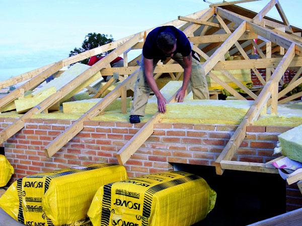Spríjemnite si bývanie pod šikmou strechou