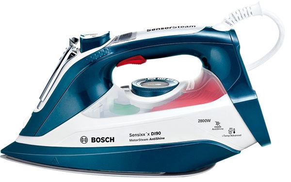 Kompaktný parný generátor Bosch Sensixx´x DI90 AntiShine TDI 902836A sMotorSteam na permanentný intenzívny parný výkon, Antishine program pre tmavé acitlivé látky, SensorSteam – dotykové ovládanie, konštantná para 55 g/min, parný ráz 200 g, ergonomický dizajn, quickFill, 115 €