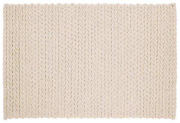 Koberec GAN, pletená vlna, 170 × 240 cm, 690 €, Triform Factory