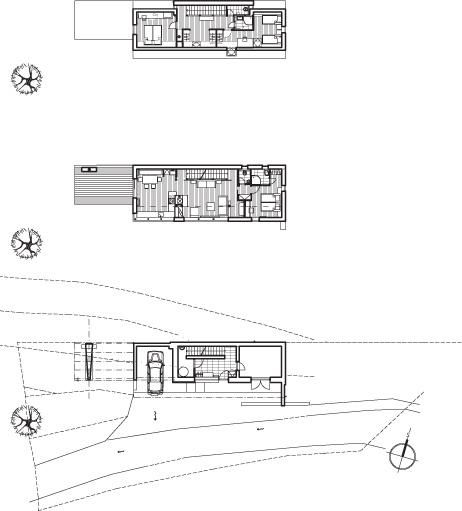 Pre stiesnené podmienky architekt osadil dom na severnú hranicu pozemku. V dispozícii vytvoril prirodzené zónovanie po poschodiach – na spodnom podlaží je vstupná zóna s technickou miestnosťou a skladom, poschodie je vyčlenené na hlavnú obytnú zónu s otvoreným denným priestorom, priľahlou terasou, hlavnou spálňou, kúpeľňou a WC. V podkroví je situovaná hosťovská zóna s dvoma spálňami, toaletou a kúpeľňou.