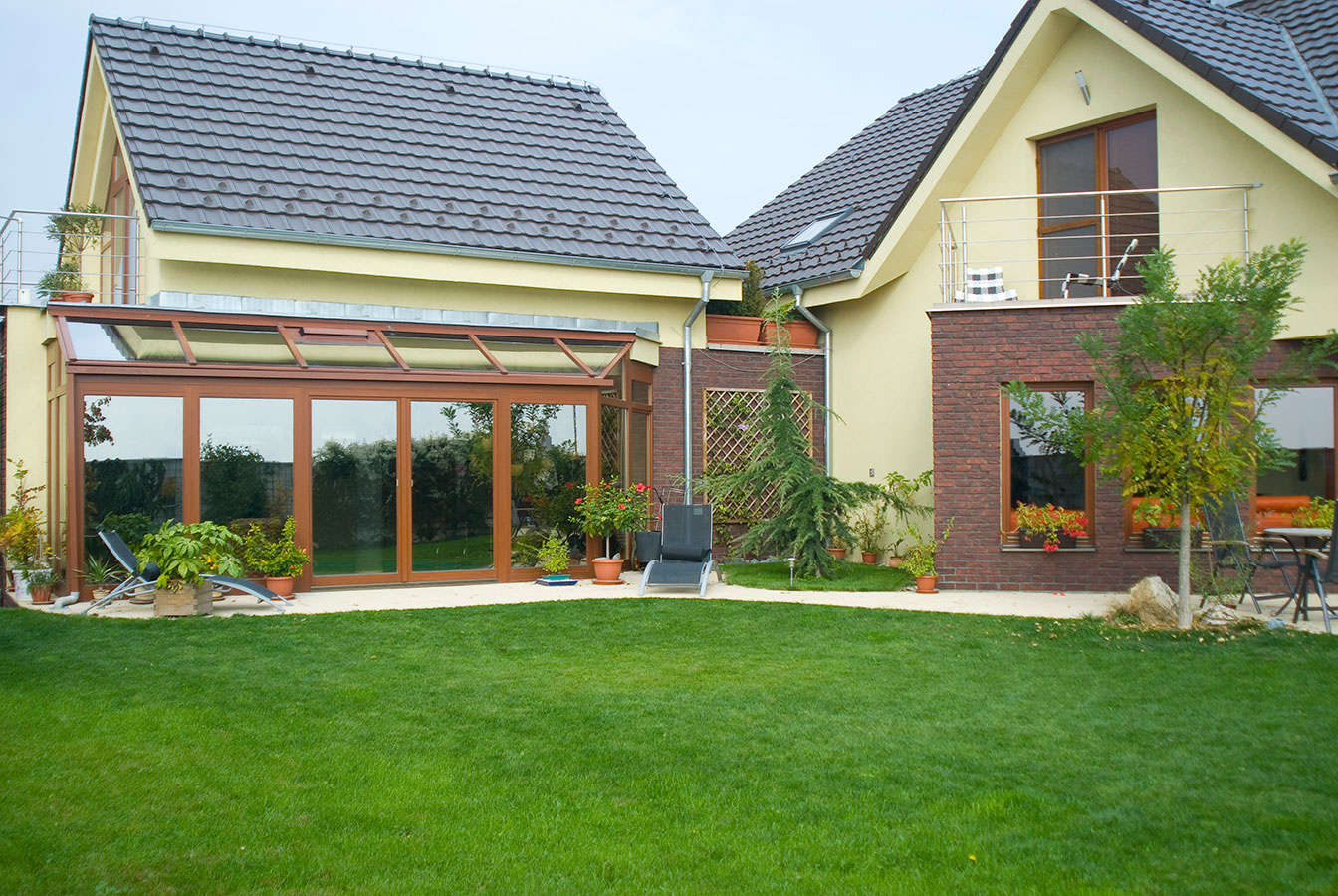 Zimné záhrady s presklenou strechou