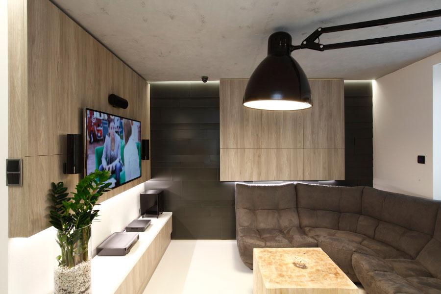 Trojizbový byt v bytovke prešiel radikálnou rekonštrukciou. Oplatilo sa.