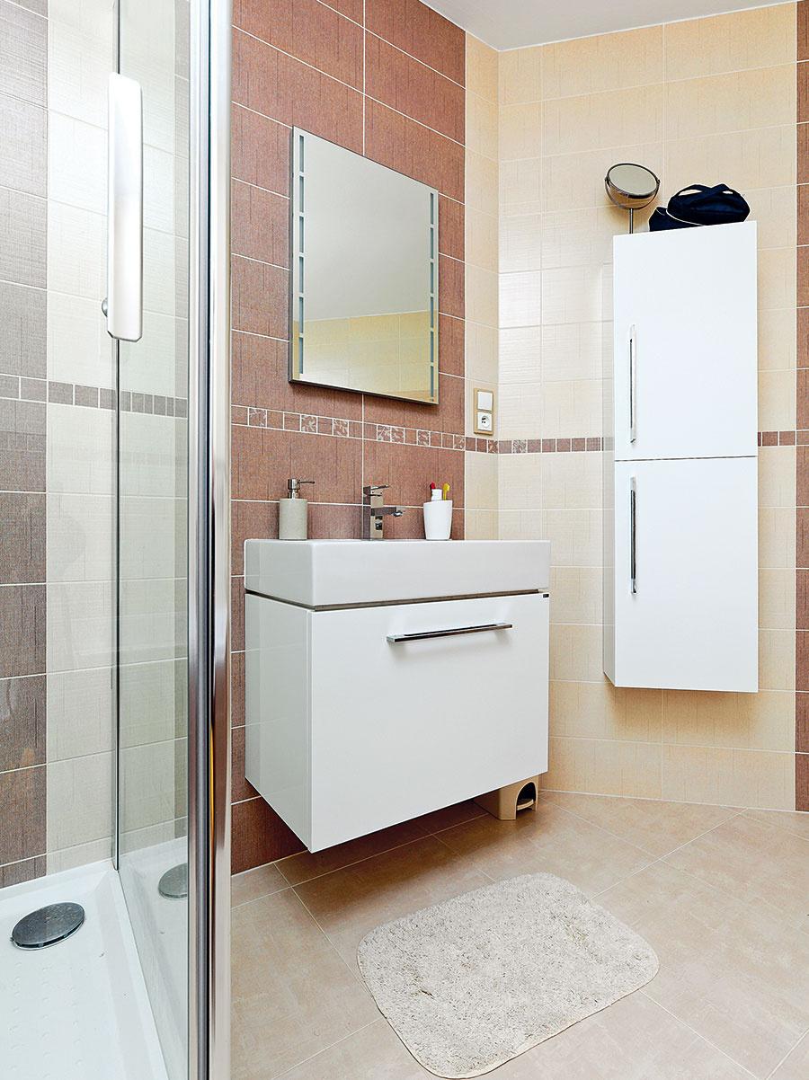 Vkúpeľni síce nájdeme aj vaňu, častejšie sa tu ale využíva sprchovací kút.