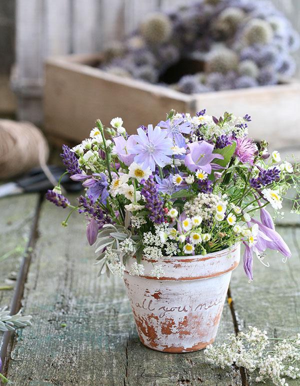 Ako si vyrobiť vyfešákovaný kvetináč