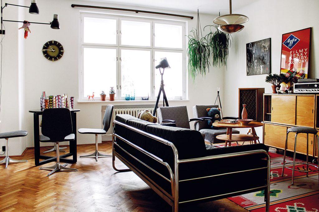 Ako si zrekonštruovali starý byt v retro štýle