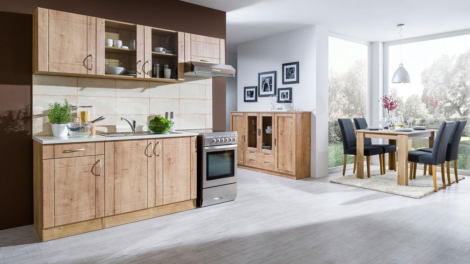 Kuchyňa Adela, obývačka Chalet