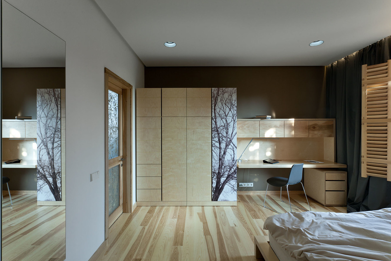 Byt plný dreva a kreativity
