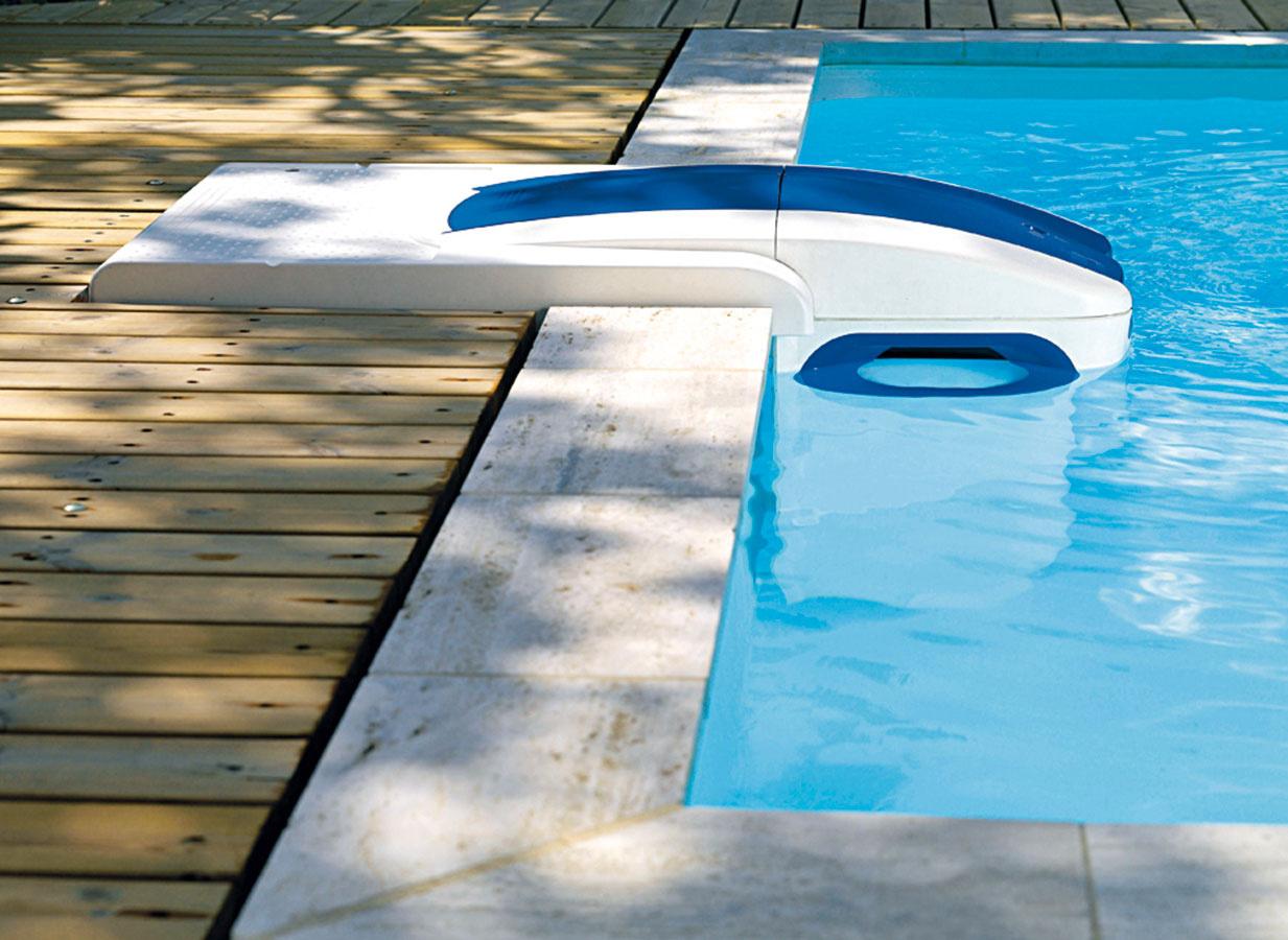 Pri filtráciách si môžete vybrať medzi pieskovou filtráciou afiltračnou jednotkou bez potrubných rozvodov. Oba varianty, ak sú správne navrhnuté, vám zabezpečia požadovanú kvalitu bazénovej vody. Výhodou filtračných jednotiek alebo panelov je jednoduchá arýchla inštalácia afakt, že nepotrebujú žiadne potrubné rozvody ani prestupy do bazénových stien, ktoré by vbudúcnosti mohli byť príčinou úniku vody.