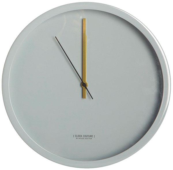 Nástenné hodiny House Doctor, priemer 30 cm, 75,49 €, www.bellarose.sk