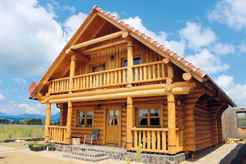 Zrub FISCHER od firmy Drevodom Rajec je vhodný ako chata alebo víkendový dom. Zrub má strednú veľkosť so 4 obytnými miestnosťami a je určený 3- až 4-člennej rodine.