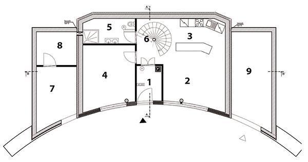 Pôdorys prízemia 1 zádverie 2 obývačka 3 kuchyňa 4 izba 5 kúpeľňa 6 schodisko 7 sklad 8 technická miestnosť 9 garáž
