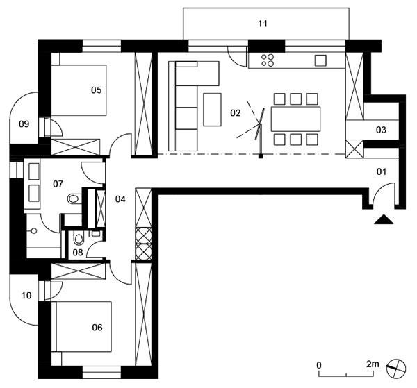 Pôdorys návrhu 01 Predsieň, 02 Kuchyňa sobývacou izbou, 03 Komora, 04 Chodba, 05 Izba, 06 Kúpeľňa, 07 WC, 08 Kúpeľňa, 09 Spálňa, 10 Balkón, 11 Balkón, 12 Terasa