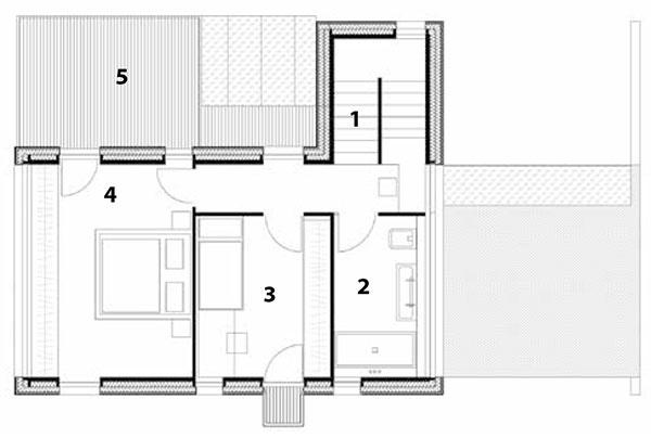 Pôdorys poschodia  1 schodisko, 2 kúpeľňa, 3 izba, 4 spálňa, 5 terasa