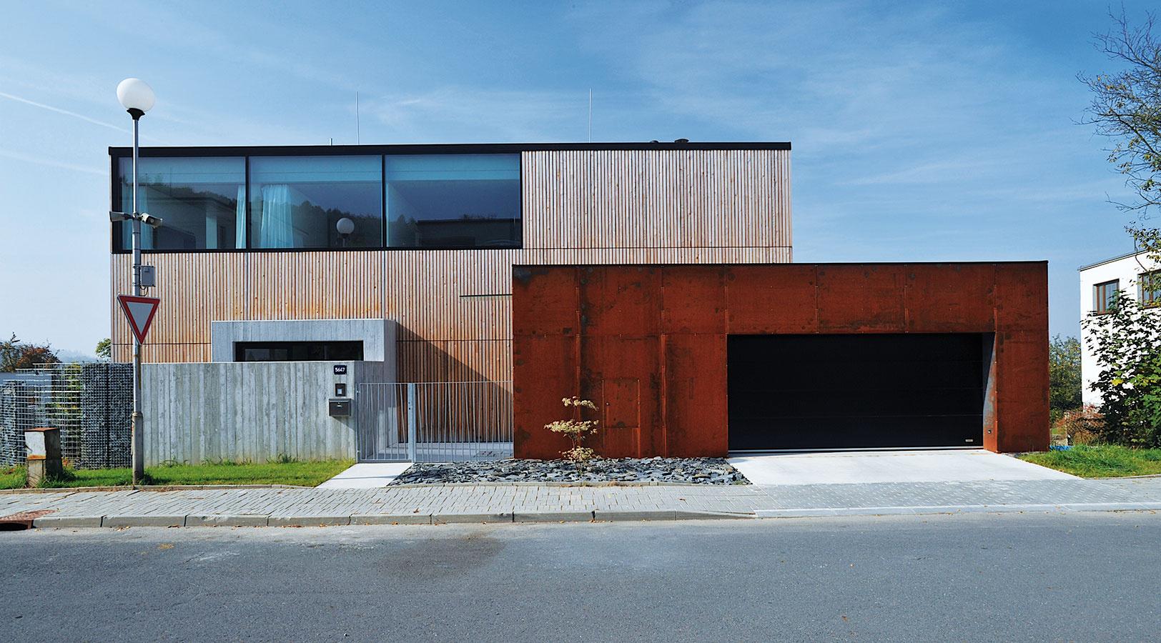 Na obale rozhodne záleží! Pozrite si 9 riešení modernej fasády
