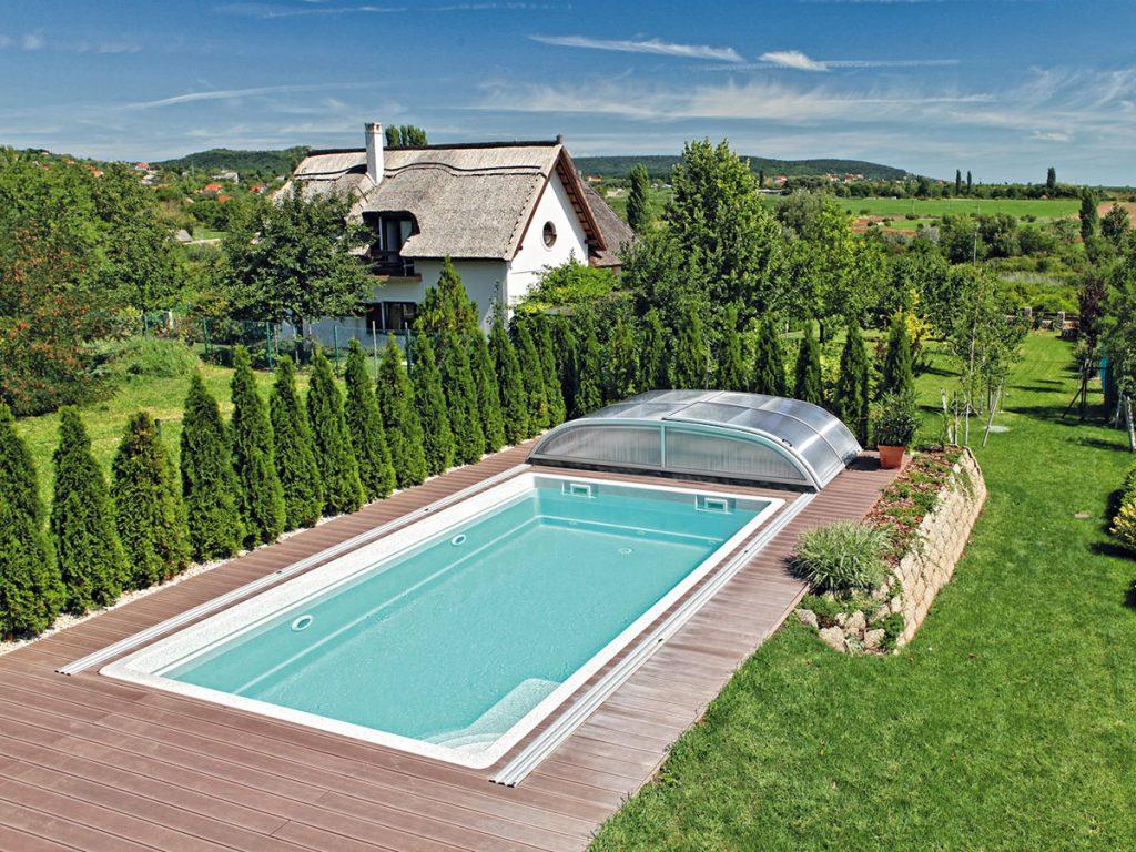 Atraktívnejší bazén aj vďaka zeleni. Ako na to?