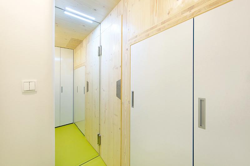 Ako vytvoriť na 17 metroch štvorcových dôstojné podmienky na bývanie