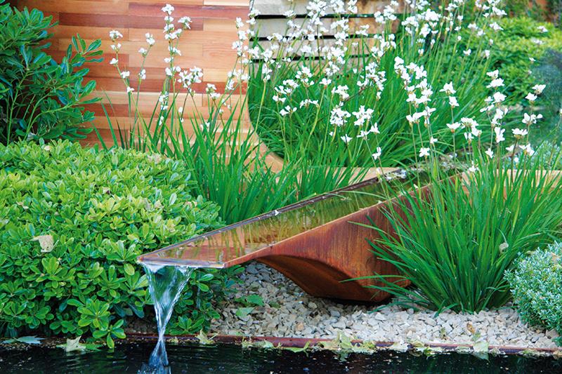 7 detailov, ktoré oživia každú záhradu