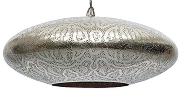 Tepané svietidlá holandskej značky Zenza sú ručne vyrábané zmosadze tradičnou metódou filigránu priamo vEgypte. Svetelná hra ich vzorov po zasvietení je ideálnym náladovým osvetlením obývacej izby alebo spálne. Predáva LePatio Lifestyle.
