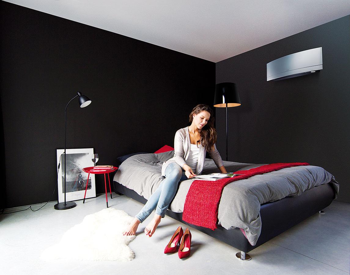 Daikin Emura  Nástenná klimatizačná jednotka ocenená Red Dot Design Award za rok 2014, navrhnutá avyrobená vEurópe pre európskych zákazníkov