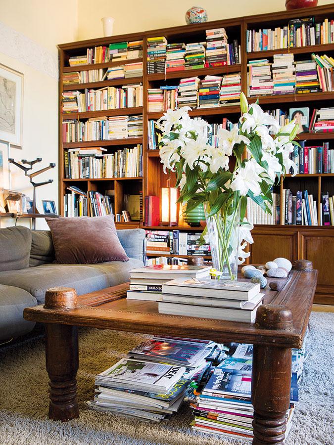 Neustály prehľad otrendoch nadobúdajú manželia nielen cestami, ale aj cieleným čítaním časopisov akníh. Aj to ich dostáva do pozície povolaných odborníkov vinteriérovom dizajne.