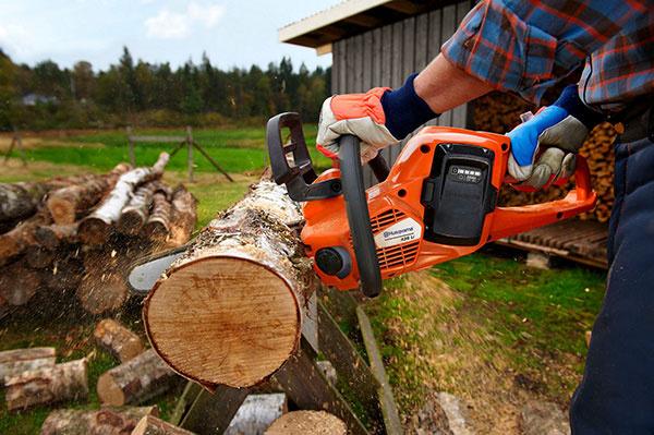 Na drevo s plnou výbavou