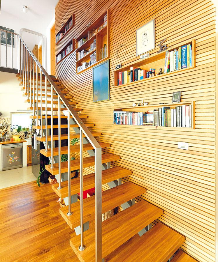 Drevený obklad vrôznych podobách  je jednoducho stále in. Na zachovanie jeho kvality je dôležité správne prúdenie vzduchu aodvod vlhkosti cez obvodové konštrukcie stavby.