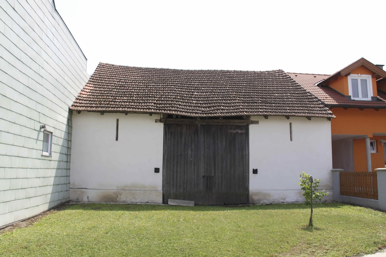 Takto vyzeral poľnohospodársky objekt pred rekonštrukciou.