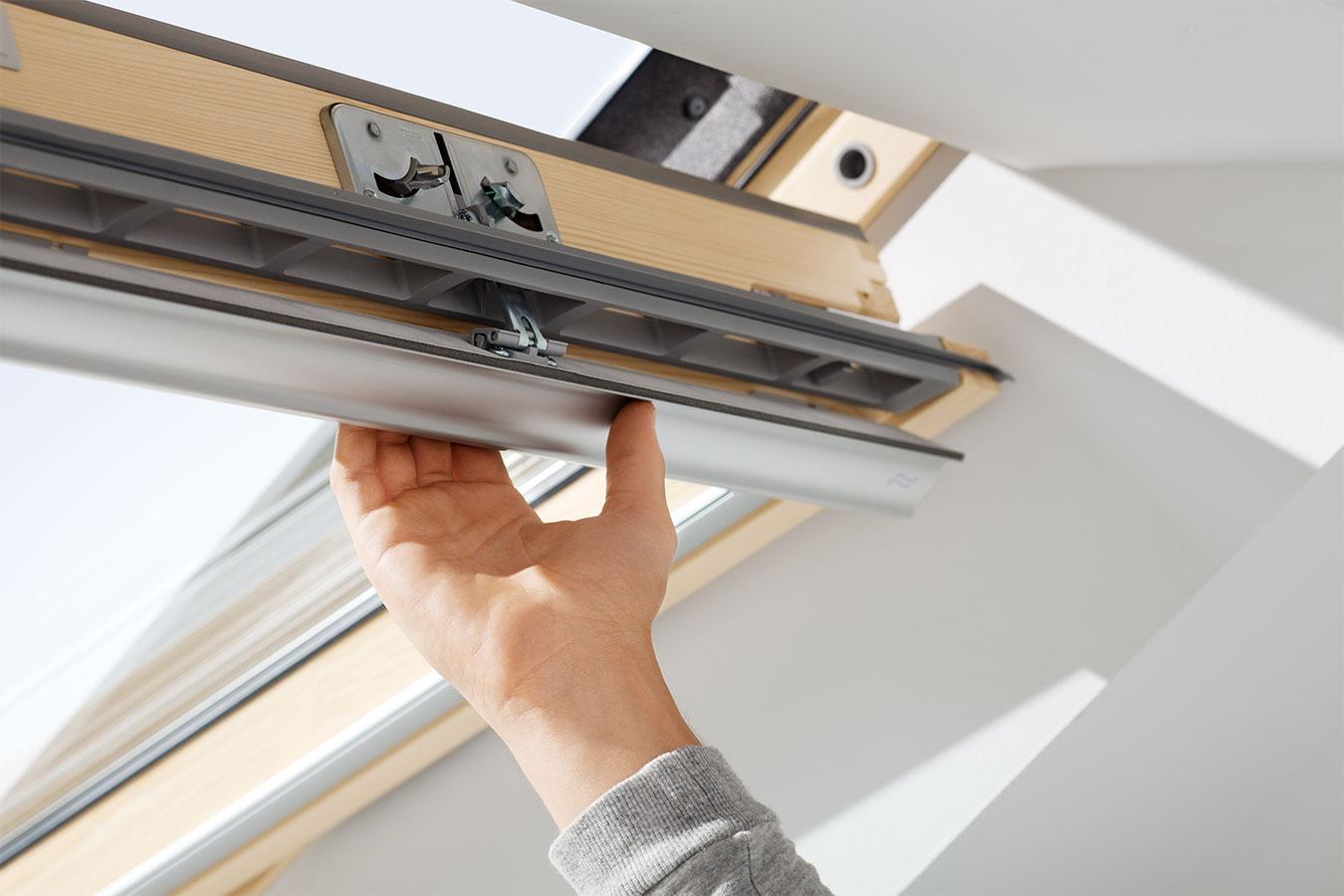 Príjemný pobyt v podkroví zaručí aj špeciálne tesnenie, ktoré zlepšuje tepelno-izolačné vlastnosti okna.