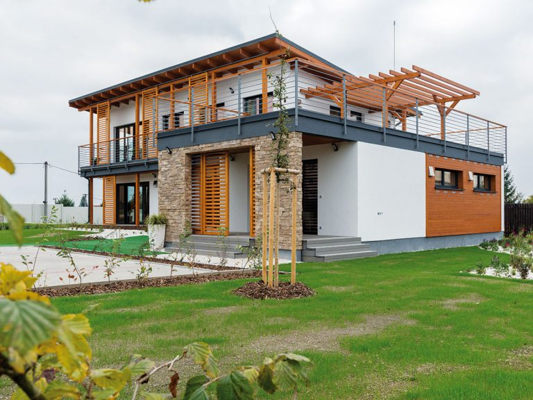 Dvojpodlažný rodinný dom postavili za 4 dni!