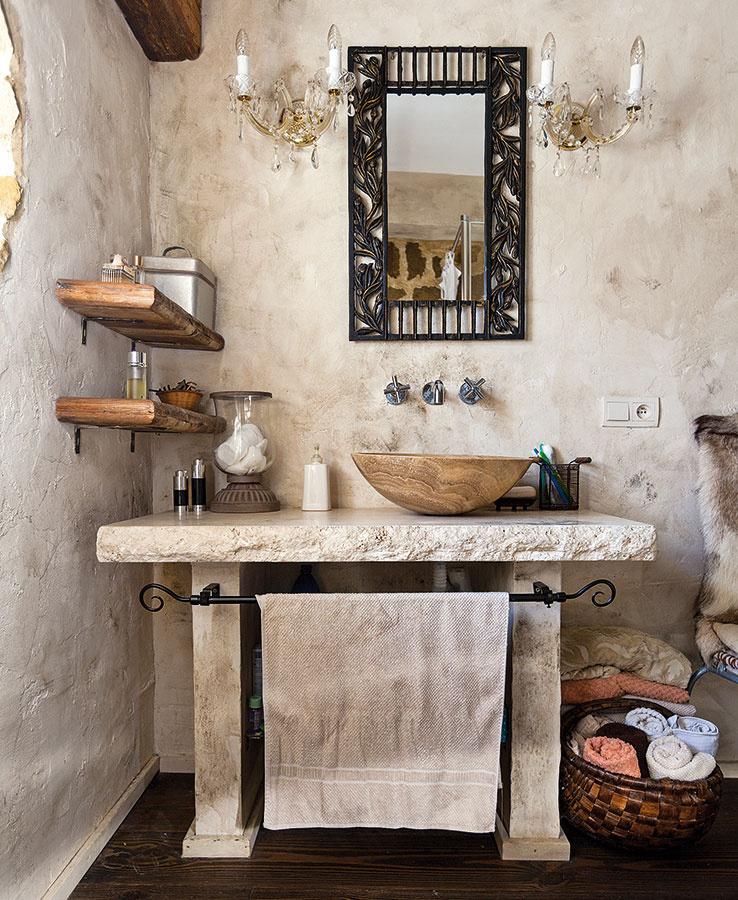 8 (ne)tradičných materiálov do kúpeľne