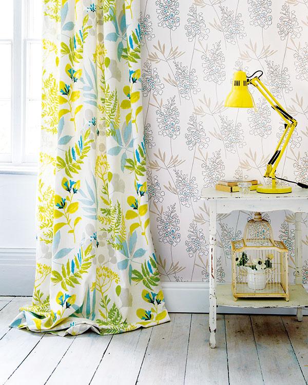 Nový vintage trend je omixovaní farieb, folkových motívov arôznych vzorov. Obľúbené sú kvetinové.